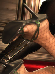 3D bitch in stockings fucked in the ass by a big black cock